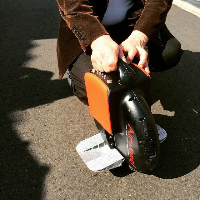Airwheel Intelligent Unicycle X3 Opens a New Gate to Fashionable Lifestyle