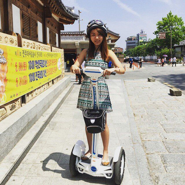 Airwheel Electric Unicycle, the New Choice of Mar's Finance and Investment